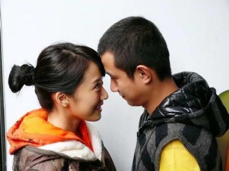《蜗居》:票子房子是爱情的前提?